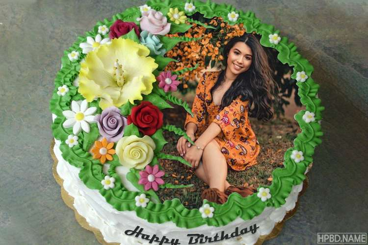 Design Cute Floral Birthday Cake With Photos