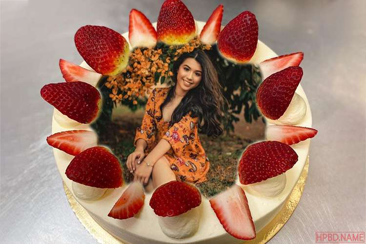 Butter Cream Strawberry Birthday Cake With Photo On It