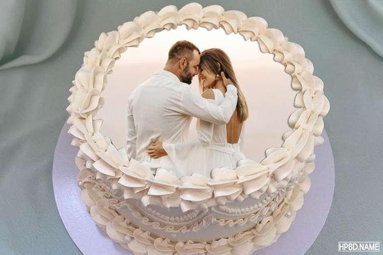 Wedding Anniversary Cake With Photo Frames
